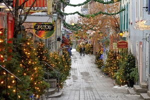 Christmas street que city300px